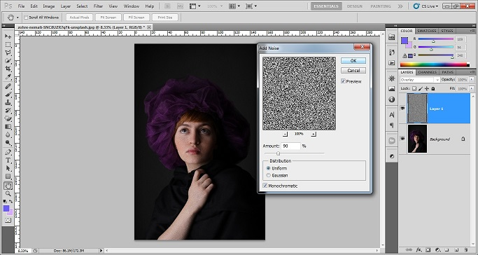 Add grainy effect in Photoshop